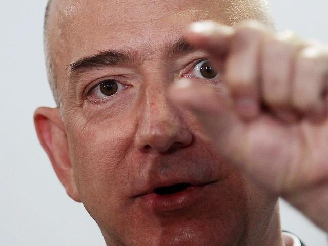 Jeff Bezos: Giàu nhất hành tinh song vẫn rửa bát giúp vợ mỗi tối - Ảnh 7.