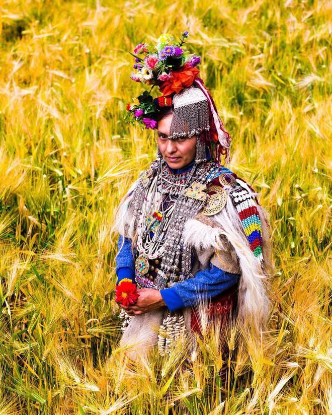 Vùng đất kỳ lạ nơi đàn ông được phép trao đổi vợ thoải mái với người khác - Ảnh 9.