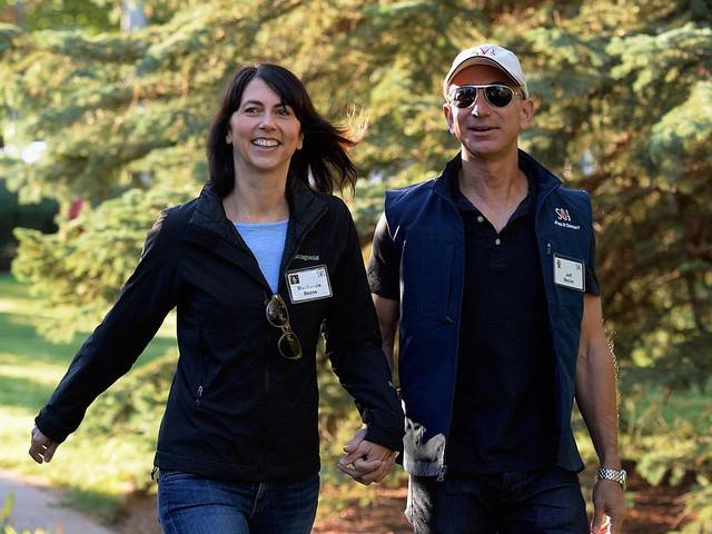 Jeff Bezos: Giàu nhất hành tinh song vẫn rửa bát giúp vợ mỗi tối - Ảnh 10.