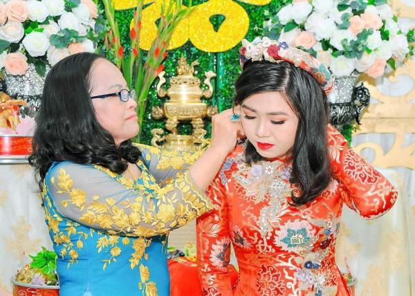 Cô gái được bà nội 'hộ tống' đi gặp mặt bạn trai tại Bạn muốn hẹn hò rạng rỡ trong lễ đính hôn - Ảnh 10.