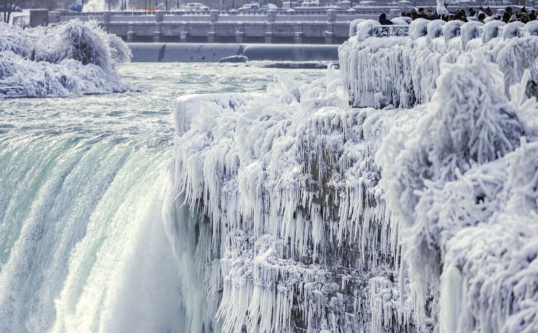 Những hình ảnh khó tưởng tượng về đợt giá lạnh kỷ lục ở Mỹ