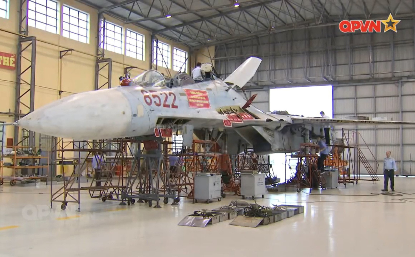 Việt Nam đẩy nhanh tiến độ tăng hạn, sửa chữa lớn tiêm kích Su-27