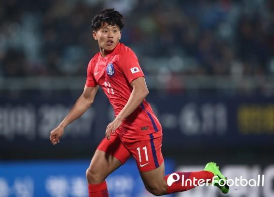 Hàn Quốc trả giá đắt sau màn thắng ngược U23 Việt Nam - Ảnh 1.