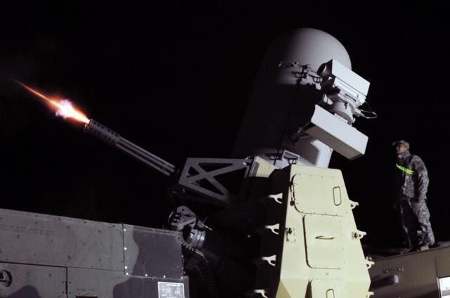 Bị tập kích căn cứ Khmeimim: Vì sao phòng không Nga trơ mắt nhìn? - Ảnh 2.