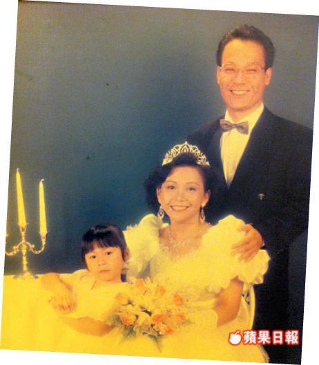 Chỉ vì 1 người phụ nữ, đại ca giang hồ khét tiếng Hong Kong bỏ tất cả, chấp nhận đóng vai phụ trên phim - Ảnh 3.
