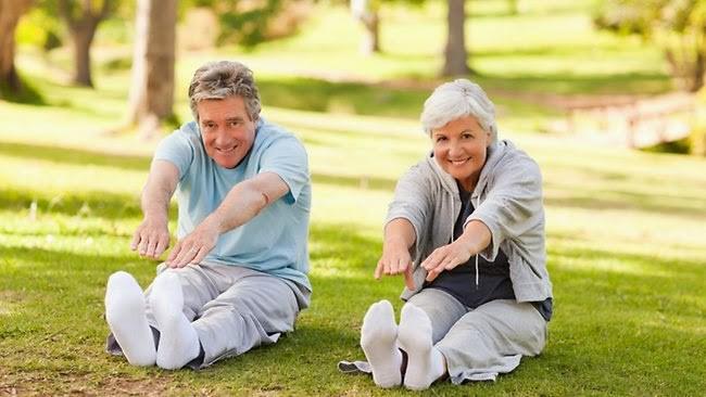 Bí quyết giúp hỗ trợ giảm đau nhức xương khớp khi trời lạnh - Ảnh 2.