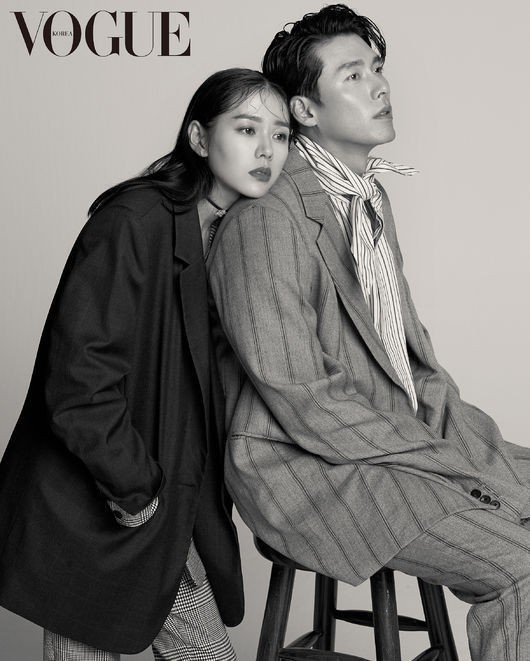 Cặp đôi tường thành nhan sắc Hyun Bin và Son Ye Jin đi du lịch ở Mỹ, bố mẹ 2 bên cùng nhau dùng bữa? - Ảnh 2.