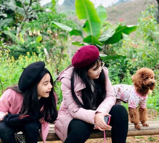 Bà xã Quyền Linh khoe ảnh cả gia đình ghé Mộc Châu, ai cũng chú ý đến 2 cô con gái xinh như hoa hậu - Ảnh 5.