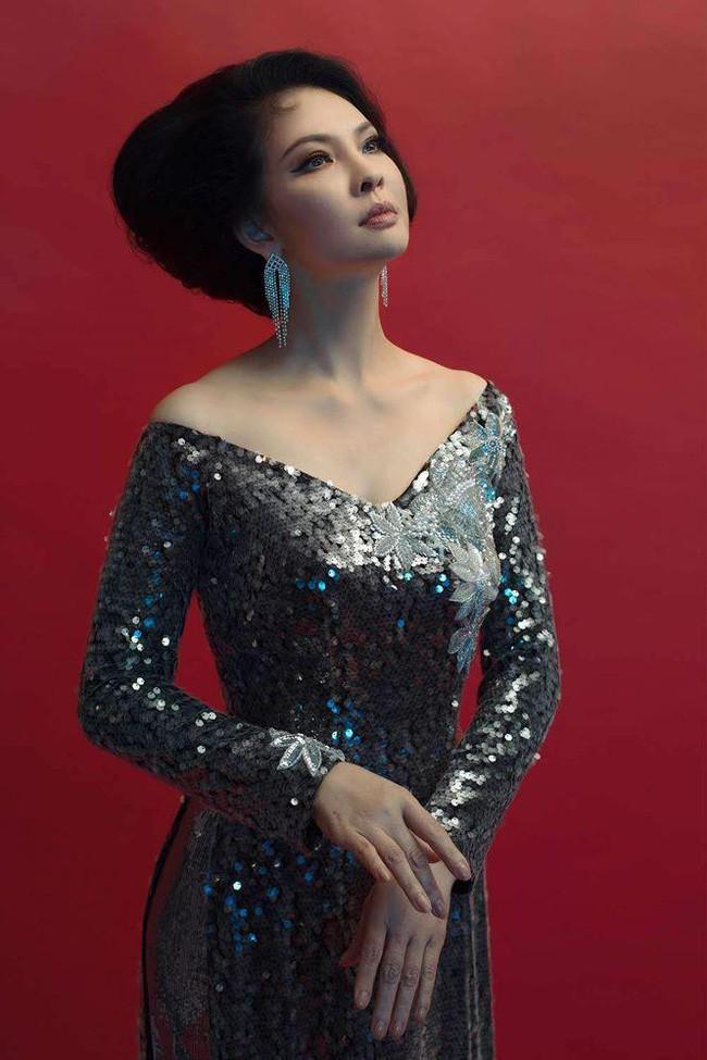 Không phải Diễm My hay Giáng My, đây mới là Người đàn bà đẹp làm điêu đứng showbiz Việt suốt 25 năm qua - Ảnh 1.