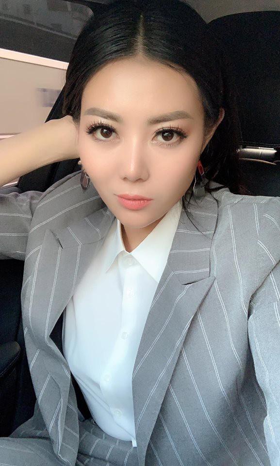 Sau Quỳnh búp bê, Thanh Hương Lan cave lộ ảnh phẫu thuật thẩm mỹ - Ảnh 3.