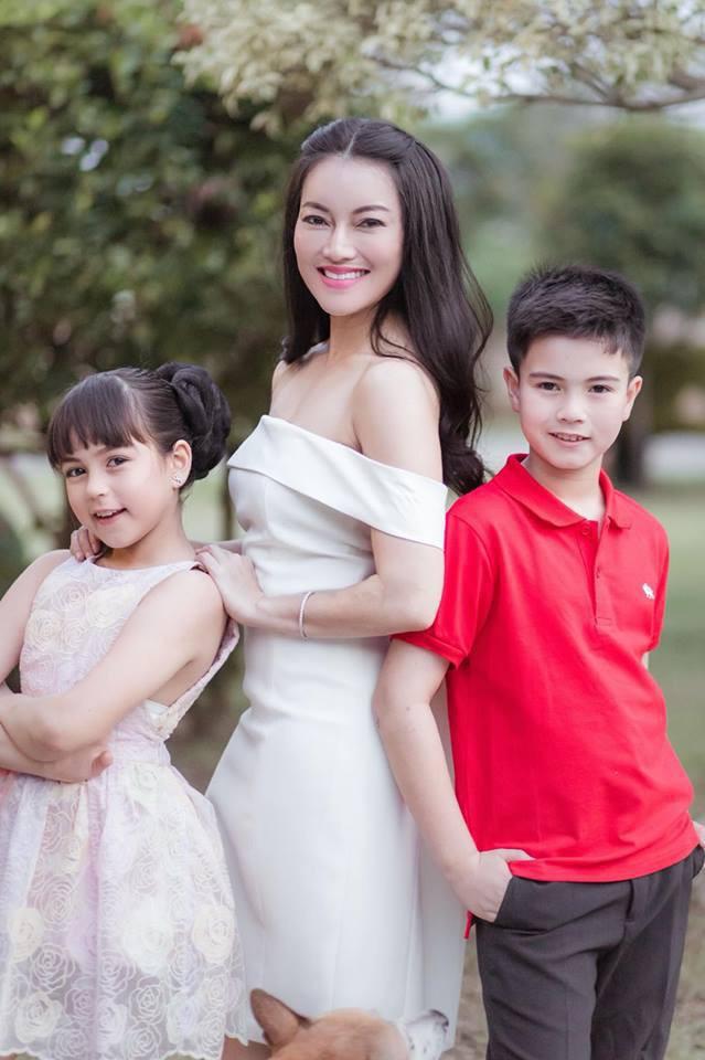 Hai thiên thần nhí Thái Lan từng khuynh đảo khắp châu Á gây sốt với vẻ ngoài hiện tại, khoe ảnh du lịch Việt Nam - Ảnh 5.