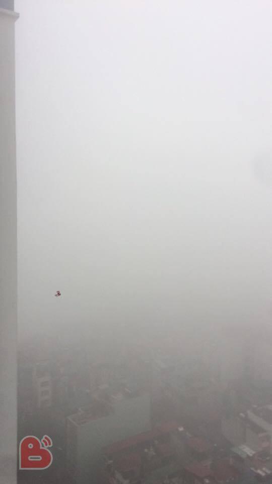 Hà Nội sương mù giăng khắp nơi khiến dân tình hoang mang cứ ngỡ đang ở Sapa, Đà Lạt - ảnh 13