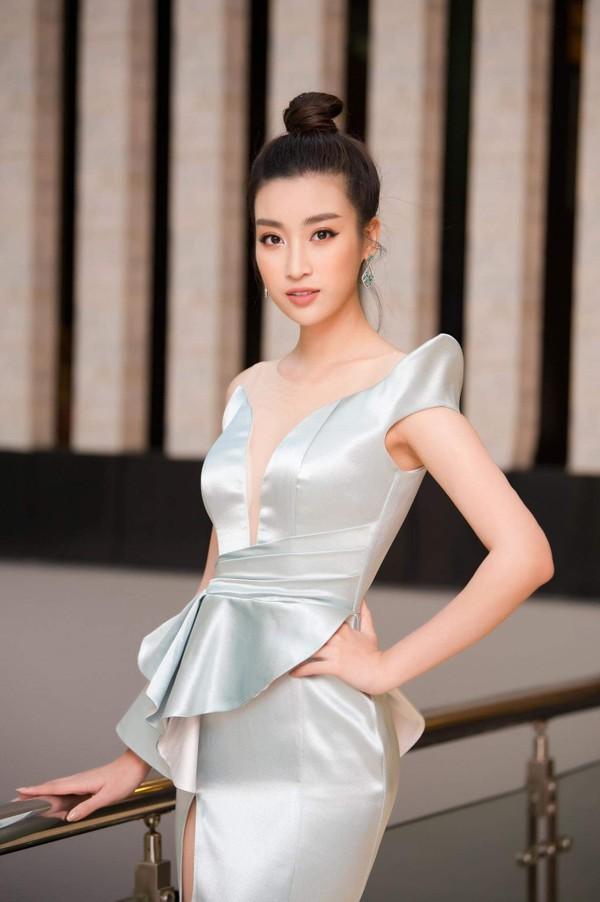 Điều gì xảy ra khi bom gợi cảm Phương Khánh và thần tiên tỉ tỉ Đỗ Mỹ Linh mặc chung váy? - Ảnh 5.