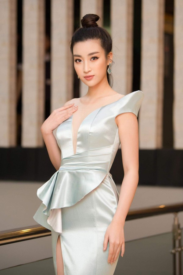 Điều gì xảy ra khi bom gợi cảm Phương Khánh và thần tiên tỉ tỉ Đỗ Mỹ Linh mặc chung váy? - Ảnh 9.