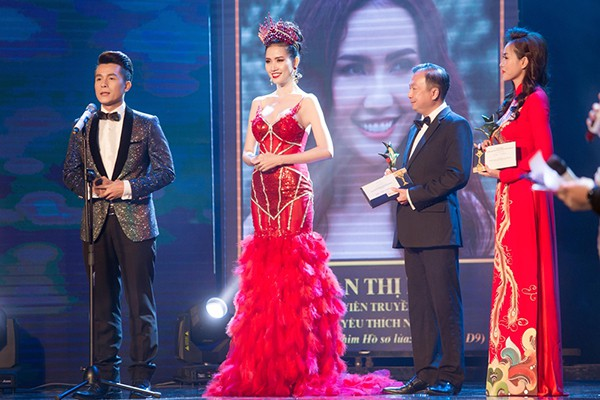 Cuộc sống giàu sang của mỹ nhân thi 7 lần mới đăng quang hoa hậu - Ảnh 10.