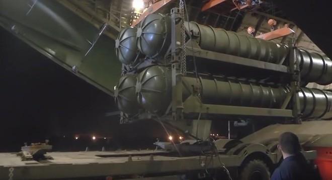 Israel tấn công Syria: Tên lửa S-300 đầu hàng và nuốt hận trong im lặng? - Ảnh 3.
