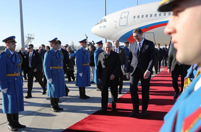 Thăm Serbia, TT Putin đã nhận được bất ngờ gì khiến ông phải thốt lên 3 chữ đáng yêu quá? - Ảnh 4.