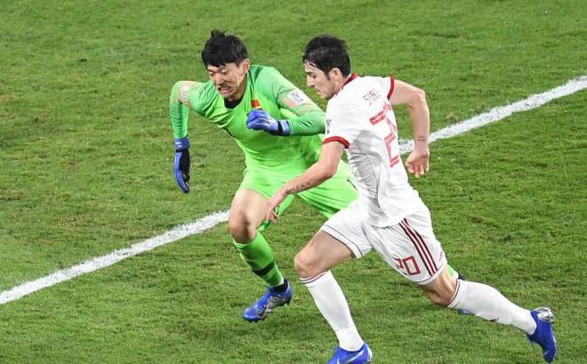 Đội nhà thua đậm, CĐV Trung Quốc mang Việt Nam ra so sánh: Thi đấu như họ mới là bóng đá - Ảnh 2.