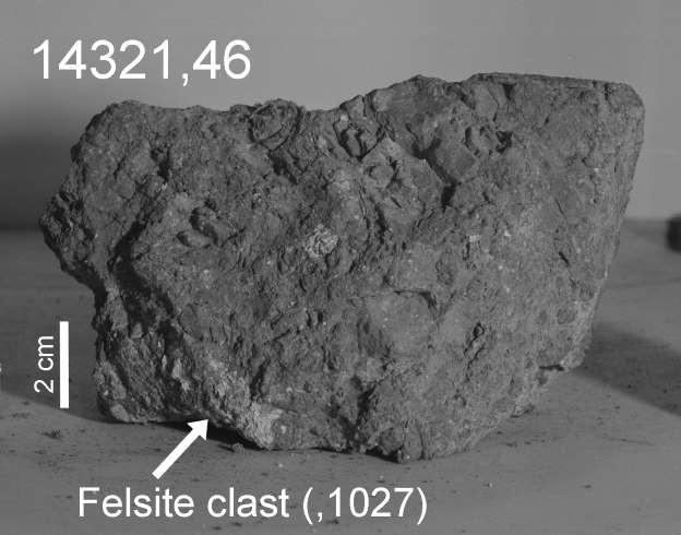 Đây có thể là tảng đá cổ nhất Trái Đất và nó đến từ... Mặt Trăng? - Ảnh 2.