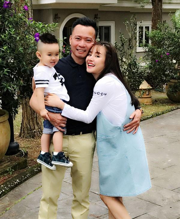 Lấy chồng đại gia, ở nhà biệt thự nhưng cách sống tiết kiệm của Vy Oanh gây chú ý - Ảnh 2.