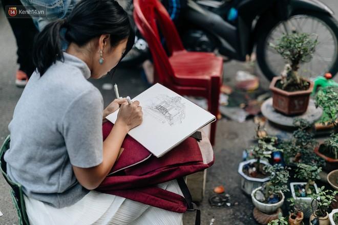 Rộn ràng không khí Tết tại chợ hoa Hàng Lược - phiên chợ truyền thống lâu đời nhất ở Hà Nội - Ảnh 14.