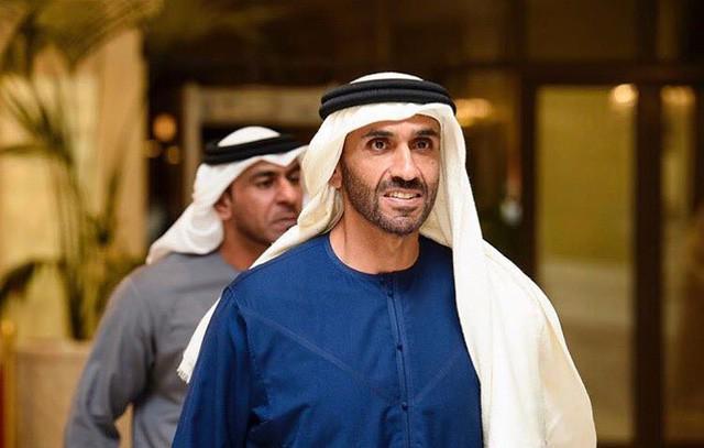 Hoàng tử UAE mua sạch vé, không cho dân Qatar vào xem bán kết Asian Cup quyền lực đến mức nào? - Ảnh 13.