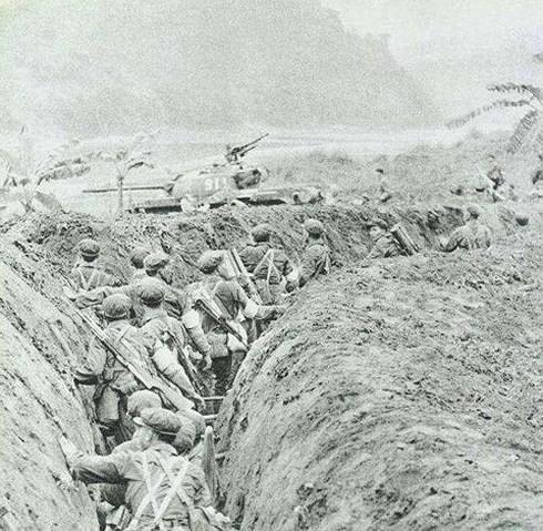 Báo QĐND 1979: Những hình ảnh phóng viên Nhật Bản chứng kiến trong cuộc chiến tranh Biên giới - Ảnh 2.