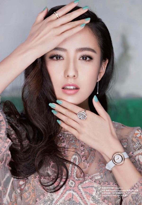 Đâu chỉ có Địch Lệ Nhiệt Ba, Tân Cương còn là vùng đất sản sinh ra hàng loạt mỹ nữ đẹp nghiêng nước nghiêng thành - Ảnh 20.
