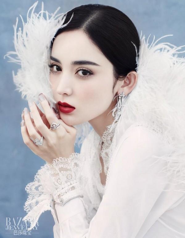 Đâu chỉ có Địch Lệ Nhiệt Ba, Tân Cương còn là vùng đất sản sinh ra hàng loạt mỹ nữ đẹp nghiêng nước nghiêng thành - Ảnh 7.