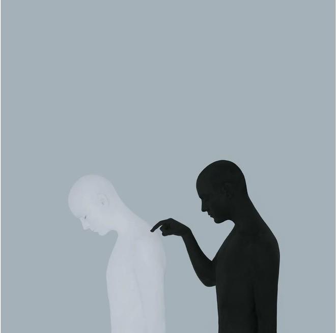 Nhìn cuộc đời qua con mắt của người trầm cảm với bộ ảnh siêu thực từ nghệ sĩ Gabriel Isak - Ảnh 11.