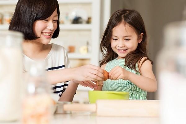 Chuyên gia Đại học Harvard chia sẻ 7 bài học giúp cha mẹ dạy con lòng nhân ái, biết suy nghĩ thấu tình đạt lý - Ảnh 3.