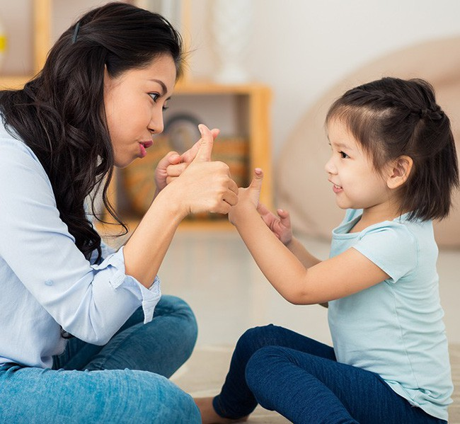 Chuyên gia Đại học Harvard chia sẻ 7 bài học giúp cha mẹ dạy con lòng nhân ái, biết suy nghĩ thấu tình đạt lý - Ảnh 4.