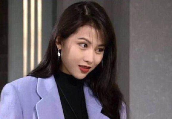 Á hậu đẹp nhất Hong Kong: Bị mẹ ruột ép bán thân, lấy chồng thấp kém vẫn hạnh phúc viên mãn - ảnh 2