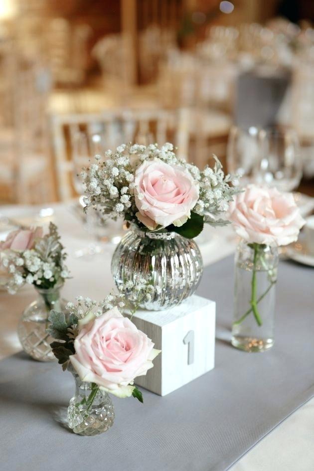 Những cách cắm hoa vừa dễ vừa đẹp trang trí nhà dịp Tết - Ảnh 4.
