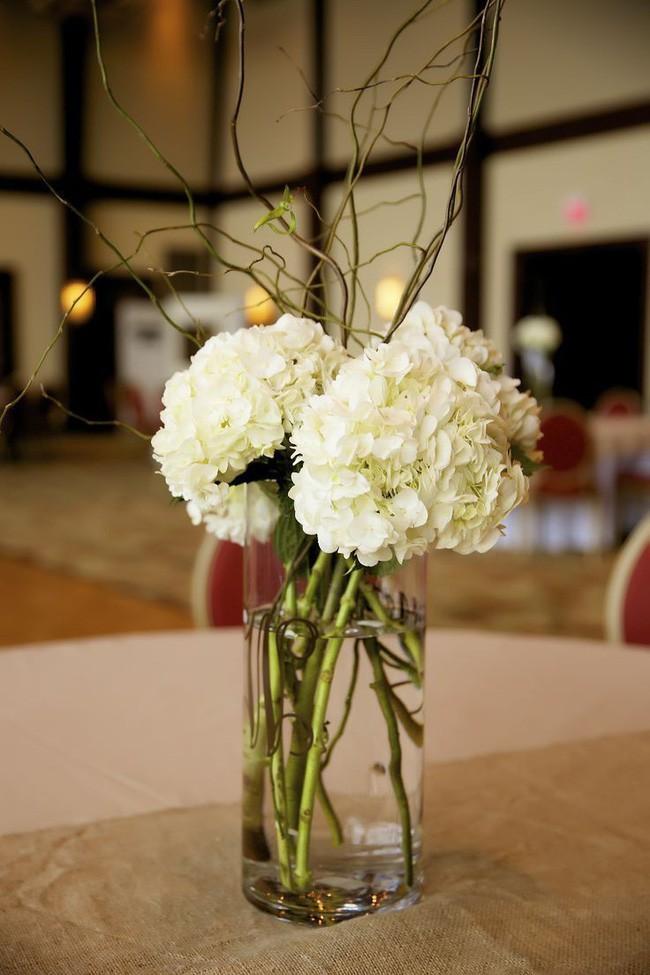 Những cách cắm hoa vừa dễ vừa đẹp trang trí nhà dịp Tết - Ảnh 8.