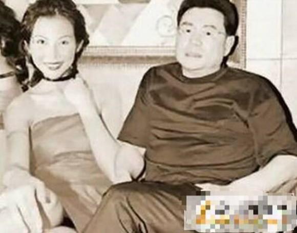 Á hậu đẹp nhất Hong Kong: Bị mẹ ruột ép bán thân, lấy chồng thấp kém vẫn hạnh phúc viên mãn - ảnh 5