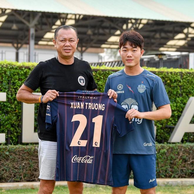 Chính thức ra mắt Buriram, Xuân Trường mang áo số 21, lĩnh lương top đầu Thai League - Ảnh 1.