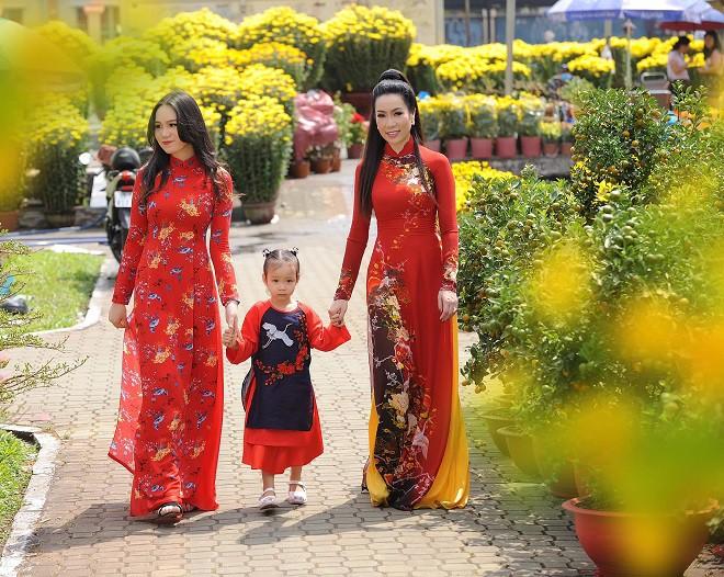 16 tuổi, con gái NSƯT Trịnh Kim Chi đã cao 1m72 và xinh đẹp như hot girl - Ảnh 10.
