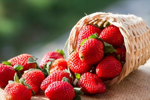10 loại trái cây và rau giúp giảm cân hiệu quả sau Tết - Ảnh 2.