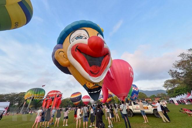 Hút mắt với lễ hội khinh khí cầu rực rỡ sắc màu tại Malaysia - Ảnh 4.