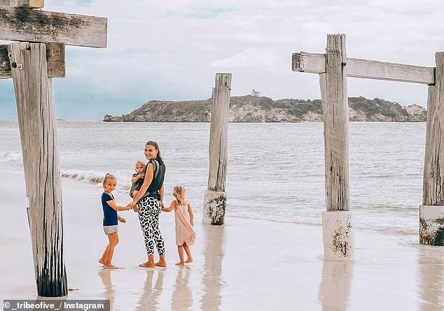 Đời không là mơ: Gia đình Úc vật lộn trở về cuộc sống thực sau 1 năm rong ruổi khắp nước trên xe tải - Ảnh 4.