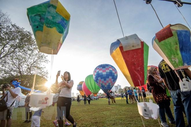 Hút mắt với lễ hội khinh khí cầu rực rỡ sắc màu tại Malaysia - Ảnh 5.