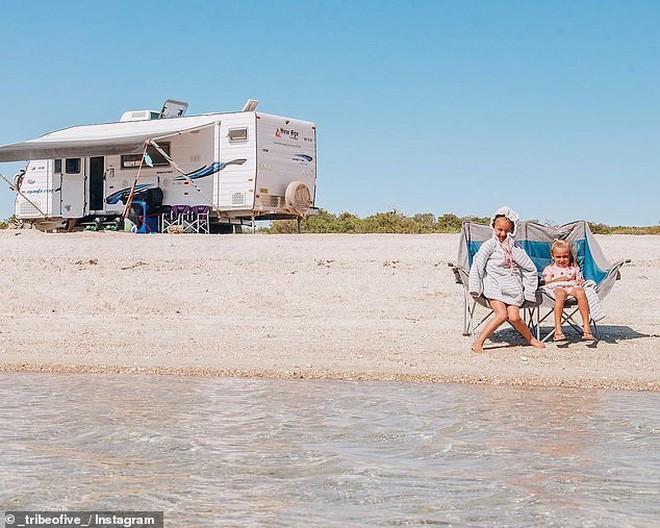 Đời không là mơ: Gia đình Úc vật lộn trở về cuộc sống thực sau 1 năm rong ruổi khắp nước trên xe tải - Ảnh 6.