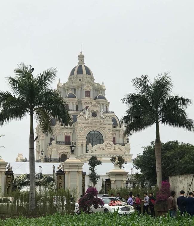 Rò rỉ hình ảnh xa hoa bên trong lâu đài 7 tầng của gia đình cô dâu xinh đẹp nổi tiếng Nam Định - ảnh 7