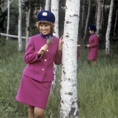 Ảnh: Nhan sắc ngọt ngào của các nữ tiếp viên hàng không Nga và Xô viết - Ảnh 8.