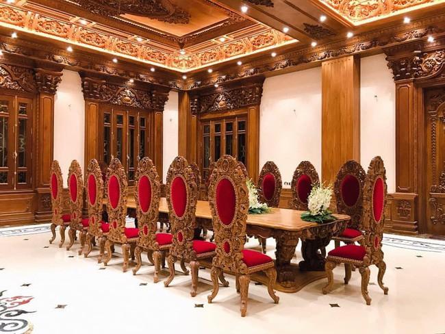 Rò rỉ hình ảnh xa hoa bên trong lâu đài 7 tầng của gia đình cô dâu xinh đẹp nổi tiếng Nam Định - ảnh 9