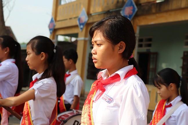 Ngày tựu trường năm mới đẫm nước mắt ở ngôi trường có 6 học sinh tử nạn trong Tết - Ảnh 1.