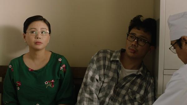 Phim trăm tỷ mùa Tết - Cua lại vợ bầu và Siêu sao siêu ngố có thực sự là tuyệt phẩm của điện ảnh Việt? - Ảnh 11.