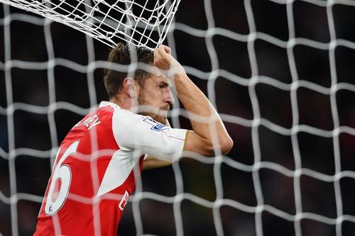 Chia tay Pháo thủ, Ramsey nhận lương cao kỷ lục - Ảnh 4.