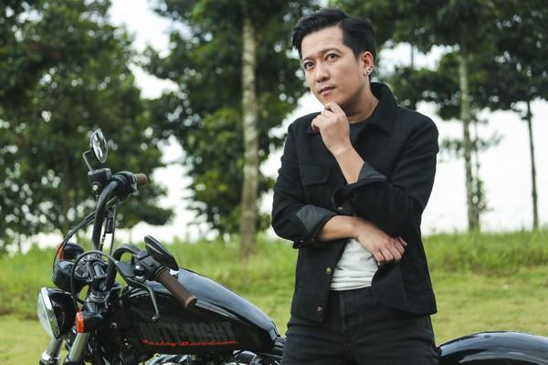 Phim trăm tỷ mùa Tết - Cua lại vợ bầu và Siêu sao siêu ngố có thực sự là tuyệt phẩm của điện ảnh Việt? - Ảnh 8.